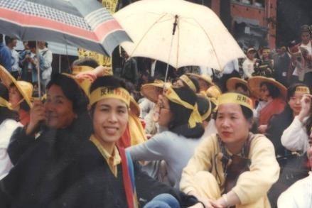林淑英於民國78年加入主婦聯盟,期間參與了反核遊行。 圖/林淑英提供