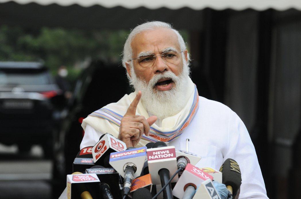印度總理莫迪喊推出1.3兆美元基建計畫。(美聯社)