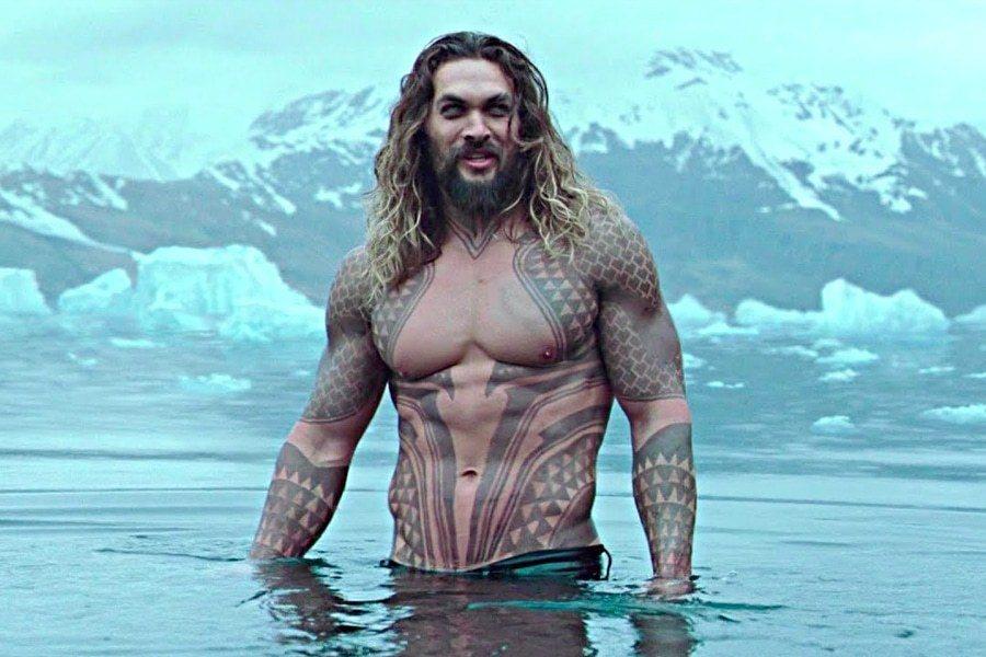 「水行俠」是傑森摩莫亞的代表作。圖/摘自imdb