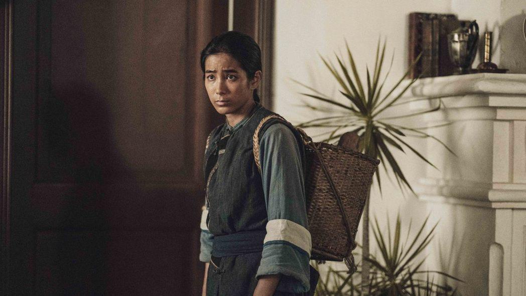 「斯卡羅」首播瞬間最高收視,落在温貞菱飾演的蝶妹來到必麒麟住處叫他起床。圖/公視...