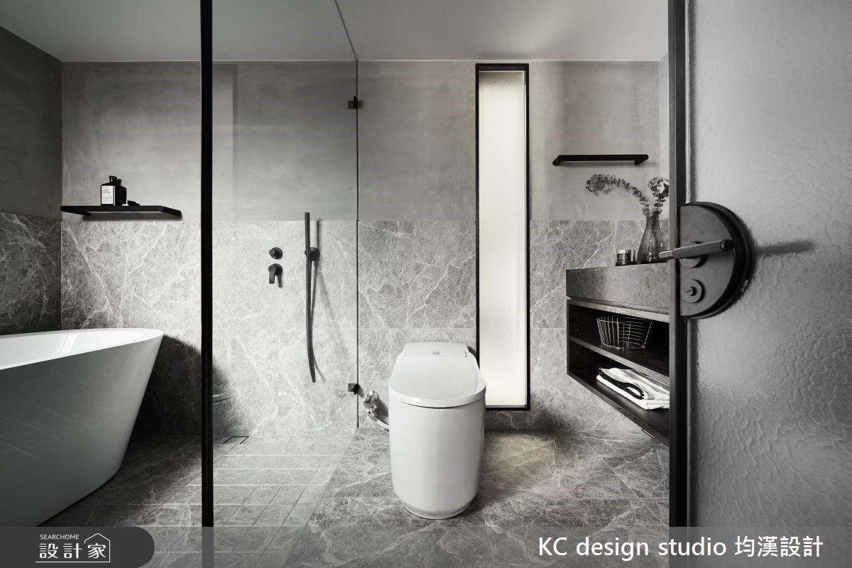現代浴室的乾濕分離設計,能優化浴室空間,更好清潔也更方便。  圖/KC desi...