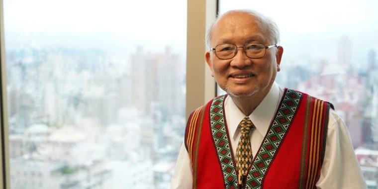 陳耀昌不但是台灣知名的血液與幹細胞專家、原住民學者,同時也是文壇上著名的作家。...