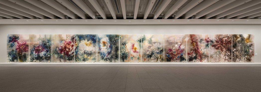 蔡國強的畫作,以爆炸手法來作畫。圖/蔡國強工作室提供