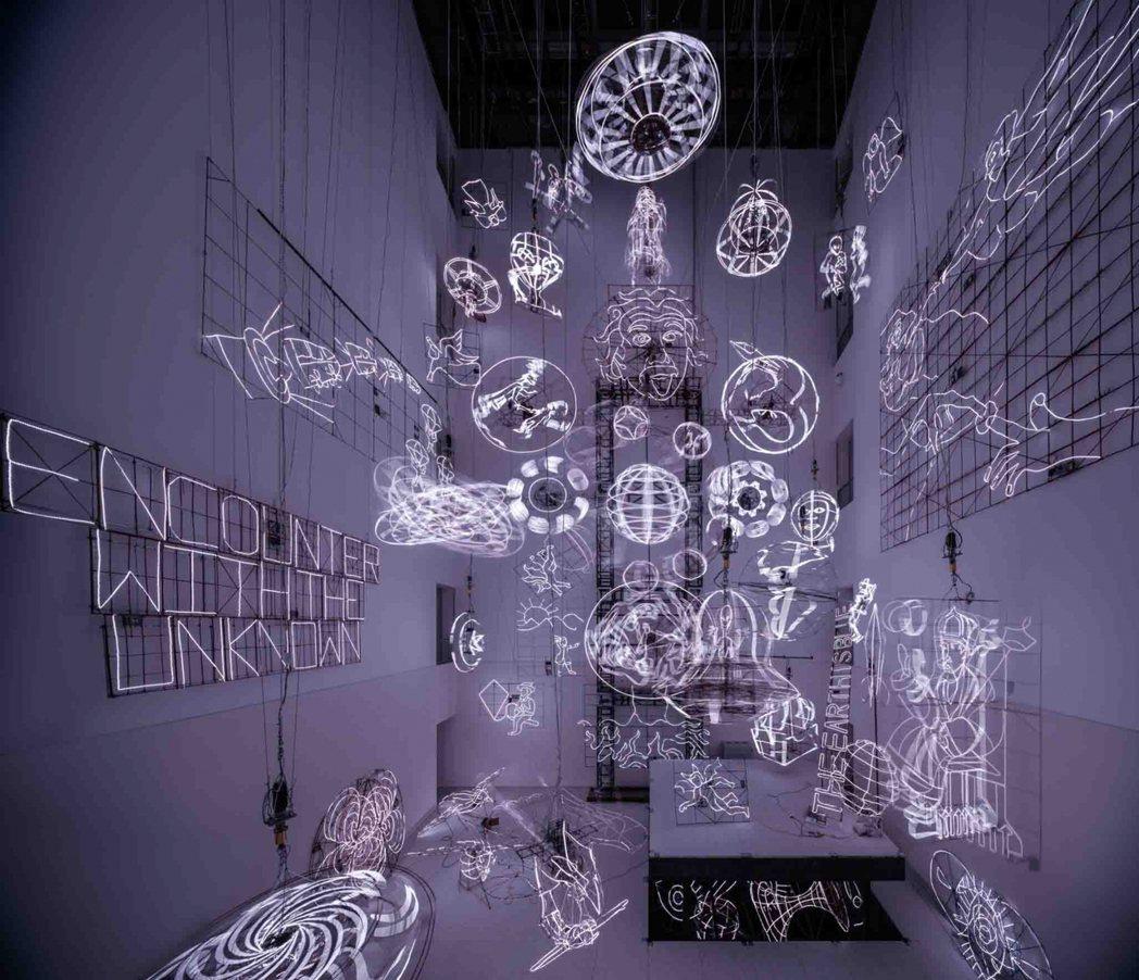 蔡國強為浦東美術館,特別設計光雕藝術。圖/蔡國強工作室提供