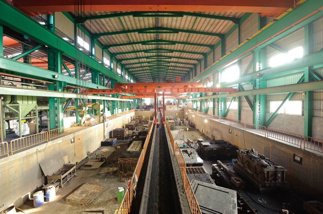 源潤豐現代化廠房與規畫景然有序的工作場域。 源潤豐/提供