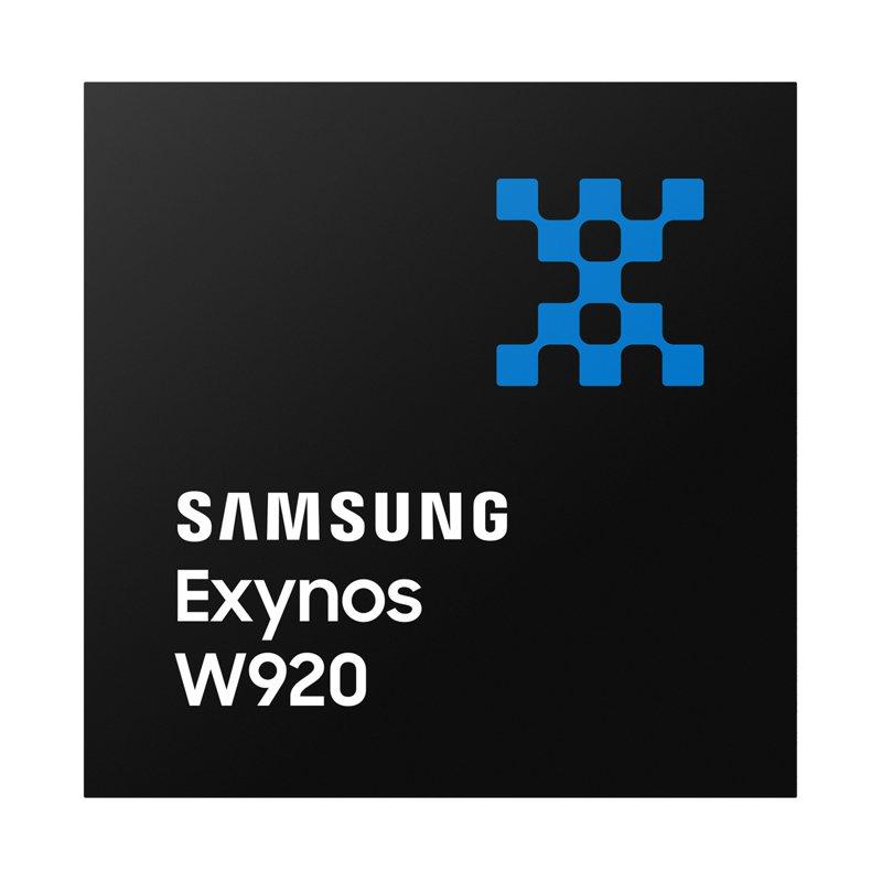 新型穿戴裝置處理器Exynos W920,以業界最小尺寸,乘載高性能,亦為業界首款以先進5奈米極紫外光(EUV)打造的處理器。圖/三星提供