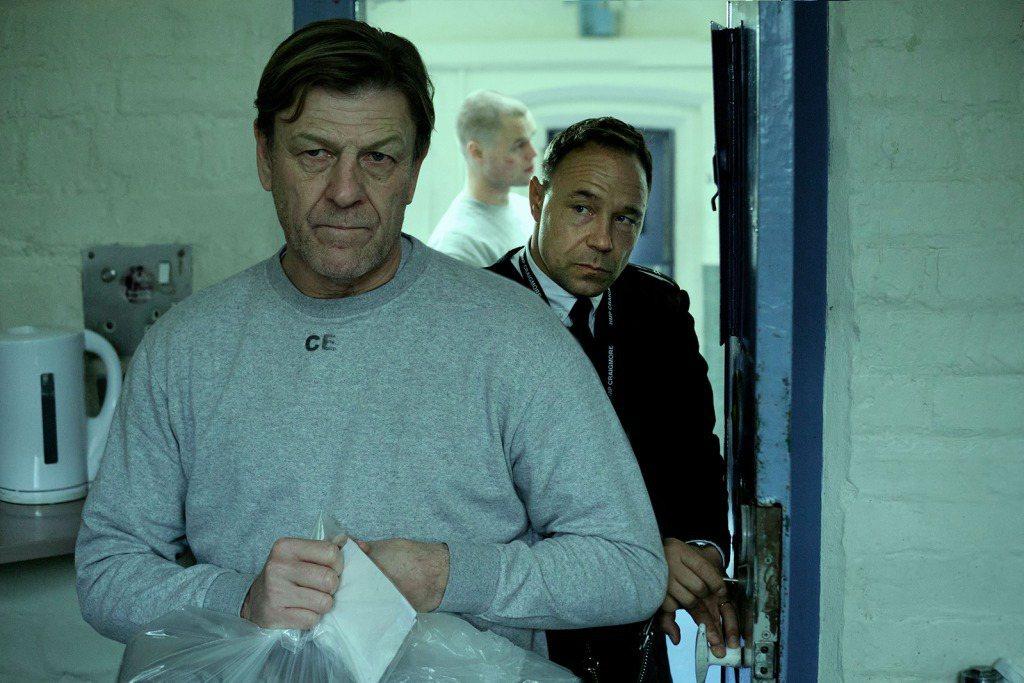 「分秒必爭」由西恩賓(左)飾演酒駕肇事入獄的犯人。圖/myVideo提供