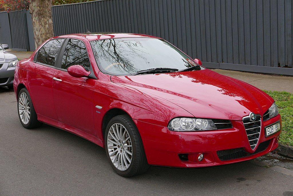 Alfa Romeo 156。 摘自維基百科