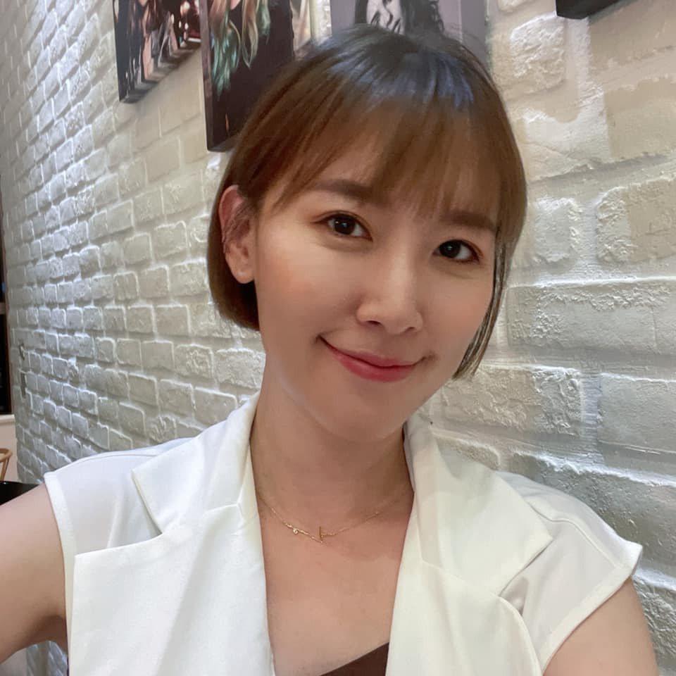 李懿透露與男友面對面聊天一小時,對方居然沒發現她剪頭髮。 圖/擷自faceboo