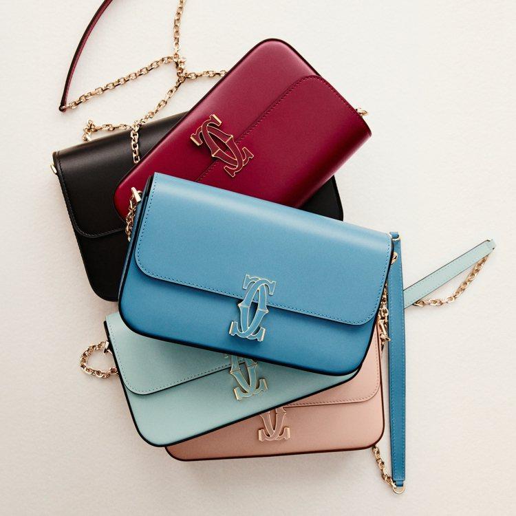 卡地亞Double C de Cartier鍊帶包推出全新卡布里藍色與薄荷綠色兩...