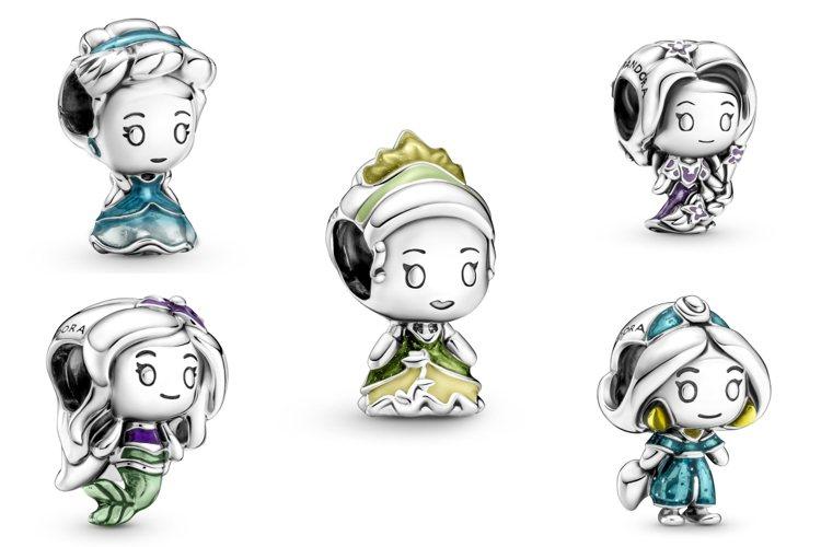 Disney x Pandora本季推出一系列Q版造型的迪士尼公主串飾。圖/PA...