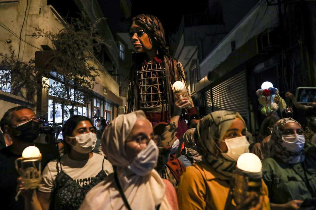 土耳其民族主義派將森林大火議題上升至土耳其的難民政策,分化土耳其人與外來移民的關...