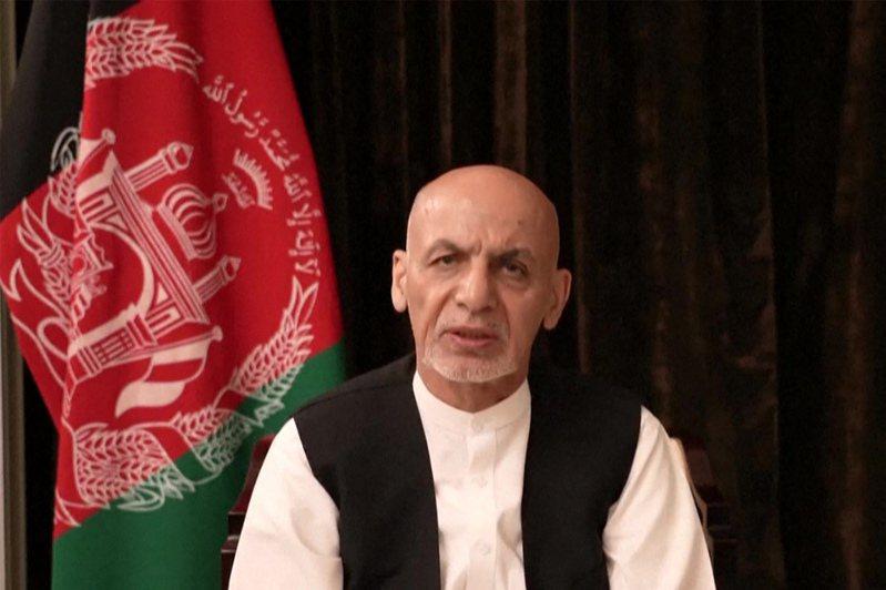 阿富汗總統甘尼十八日上傳臉書影片,宣稱會保護國家。法新社