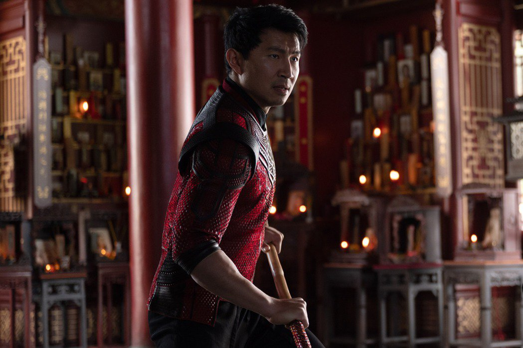 劉思慕在「尚氣與十環傳奇」當上漫威首位亞裔英雄。圖/迪士尼提供