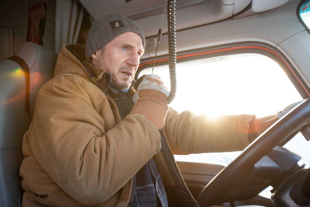 連恩尼遜新片「疾凍救援」。圖/甲上提供