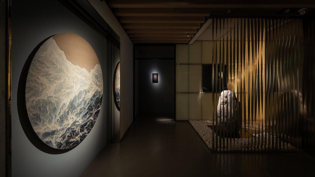 藝術家吳季璁全新個展《照見》即日起至10月2日於TAO ART登場。   圖...