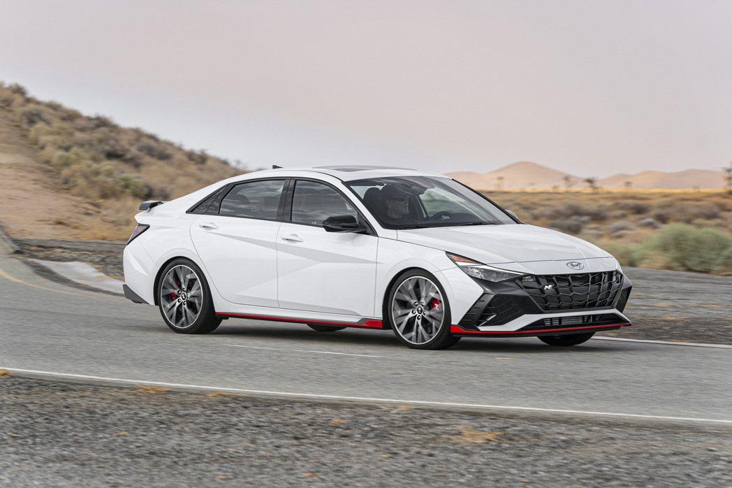 Hyundai Elantra N是性能子品牌N Performance的第六款...