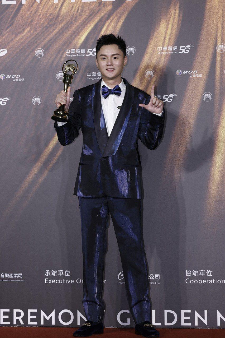 第32屆金曲獎最佳台語男歌手獎由許富凱獲得。記者李政龍/攝影