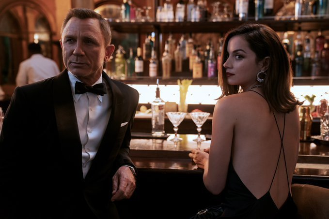 「007 生死交戰」全球首映日拍板定案。圖/摘自Twitter