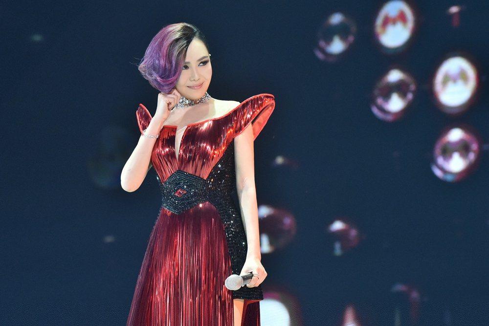 江蕙在第26屆金曲獎獲頒特別貢獻獎。圖/喜歡音樂提供