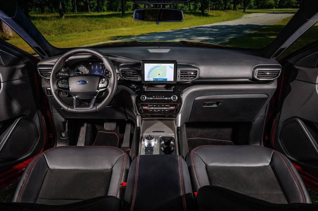 內裝兼具運動感及大器質感。 圖/Ford提供