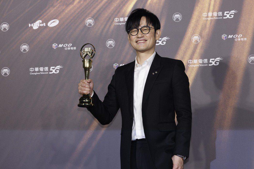 第32屆金曲獎最佳專輯製作人獎由陳建騏獲得。記者李政龍/攝影