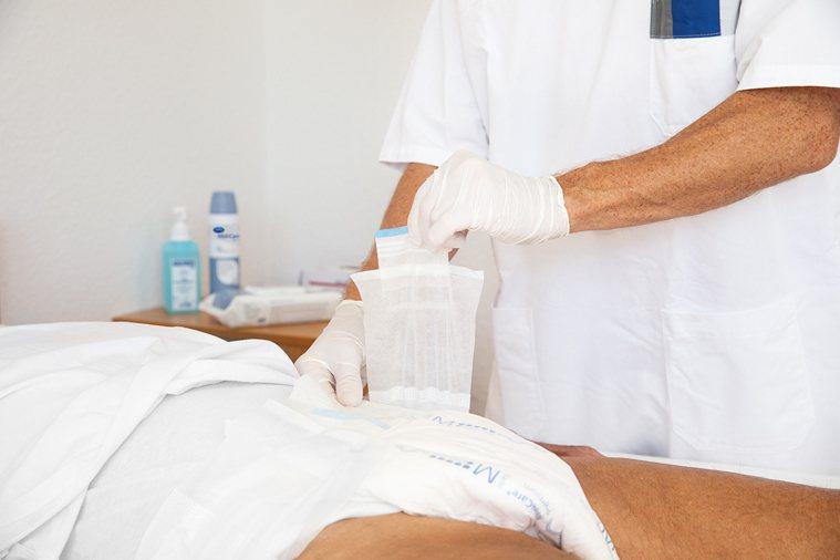 挑選紙尿褲除了吸水性跟透氣度,還有可以維持皮膚pH5.5的紙尿褲,才能幫助預防失...