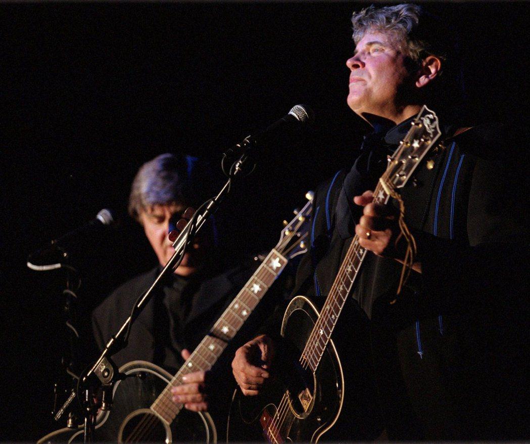 美國鄉村搖滾先驅艾佛利兄弟二重唱。 圖/美聯社