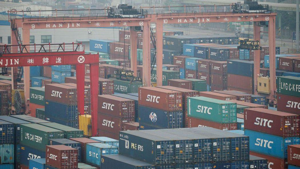 分析師認為,隨基期效應減低,南韓出口勢必走緩。路透