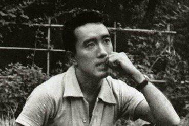 三島由紀夫的900號教室之路(上):被日本戰敗改變的天才少年