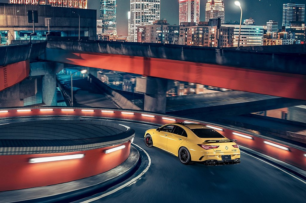 Mercedes-AMG CLA 45 S 4MATIC+ Coupe身懷421...