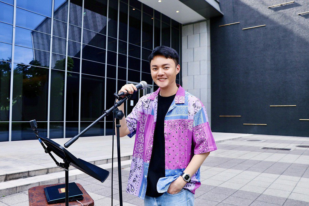 許富凱擔任第32屆傳藝金曲獎」宣傳大使。圖/中視提供