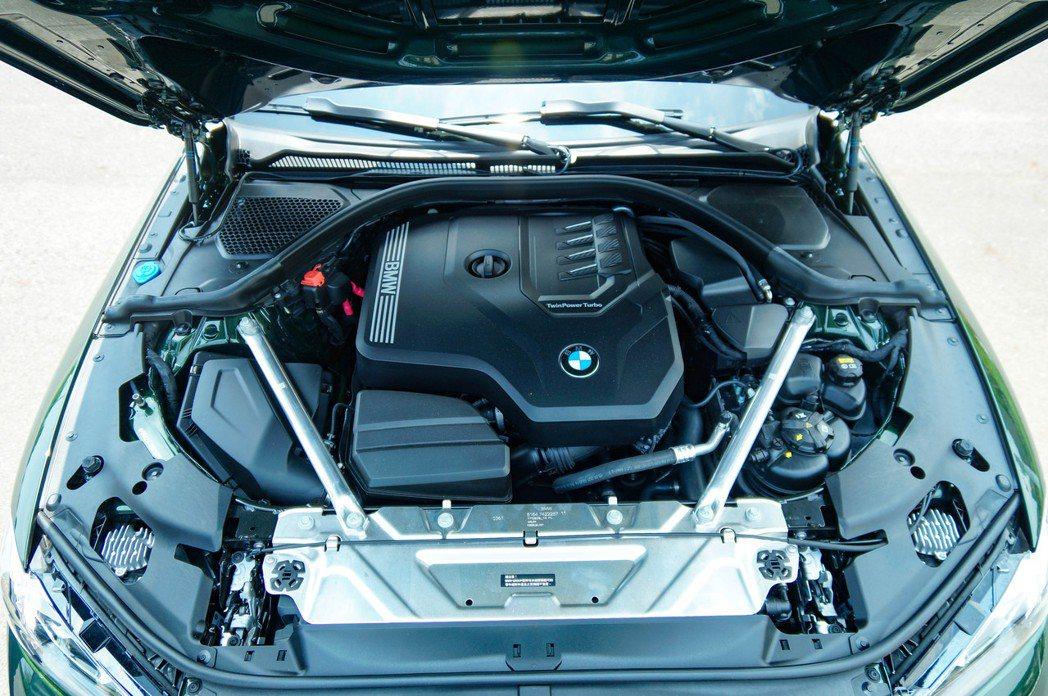 這具2.0升四缸B48引擎,能夠輸出258hp最大馬力與40.8kg-m最大扭力...
