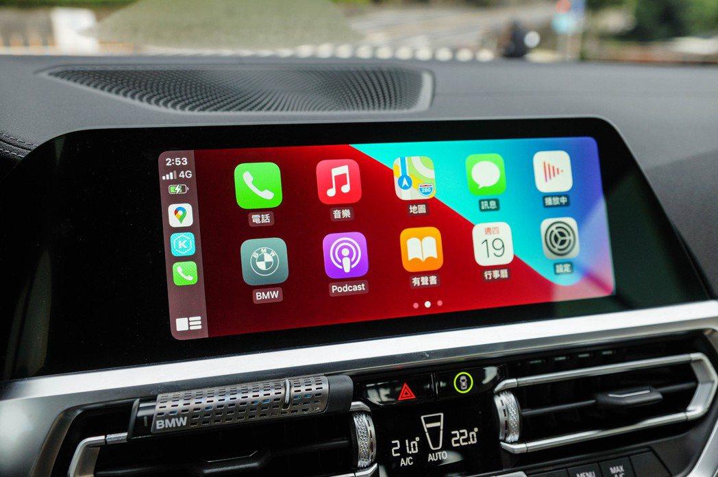 10.25吋中控觸控螢幕,支援無線Apple CarPlay與Android A...