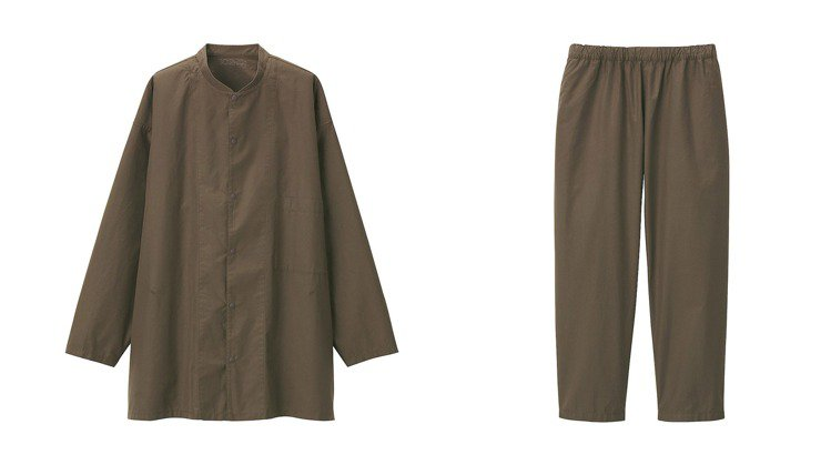 無印良品MUJI近期推出秋季新品,其中的超長棉府綢襯衫和長褲,顏色與款式引起熱議...