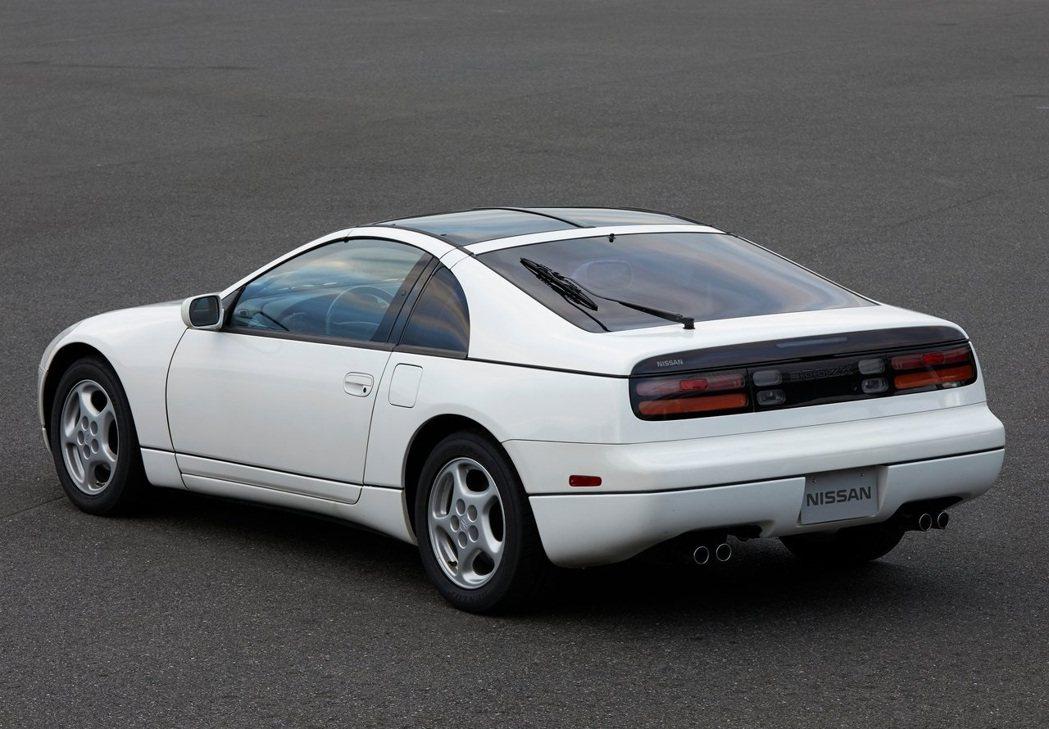 Nissan 300ZX (Z32)。 摘自Nissan