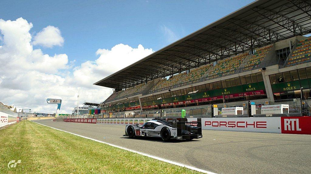 法國薩爾特賽道(Circuit de la Sarthe)預賽則採用保時捷919...