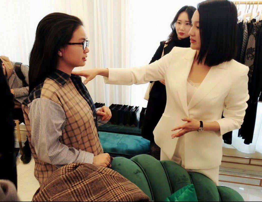 挾以十多年全球五百強公司的高管跨國領導經驗, Tiffany要將大中華區時尚專家...