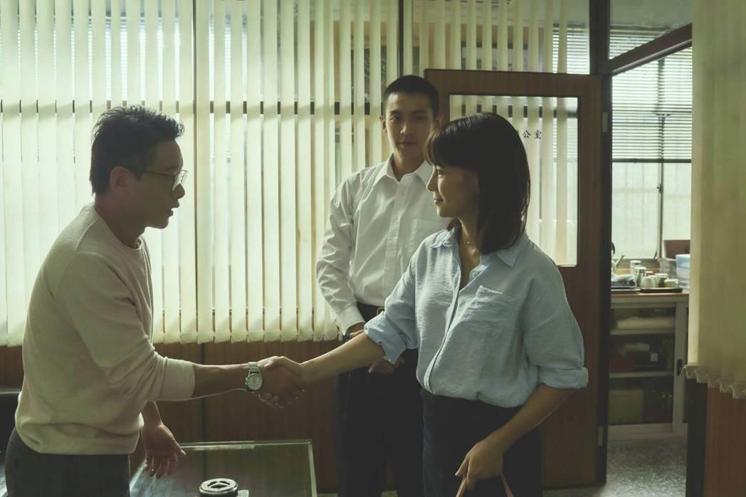 李心潔(右)、柯震東(中)、李康生(左)同台飆戲。圖/双喜電影提供