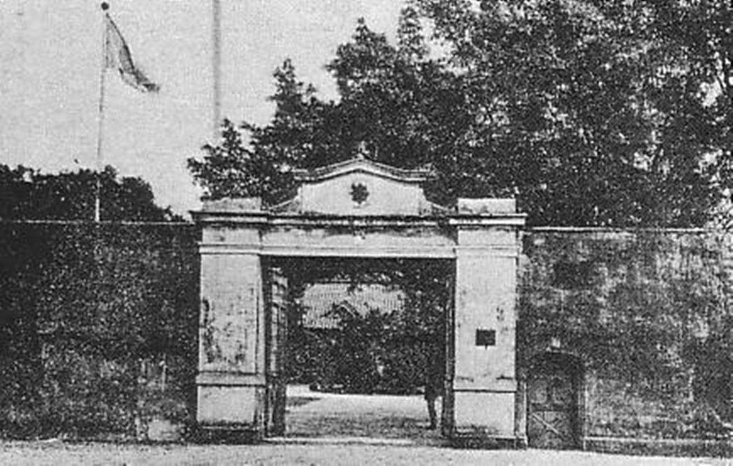 明治時期的台北刑務所(台北監獄)。 圖/Wiki Commons