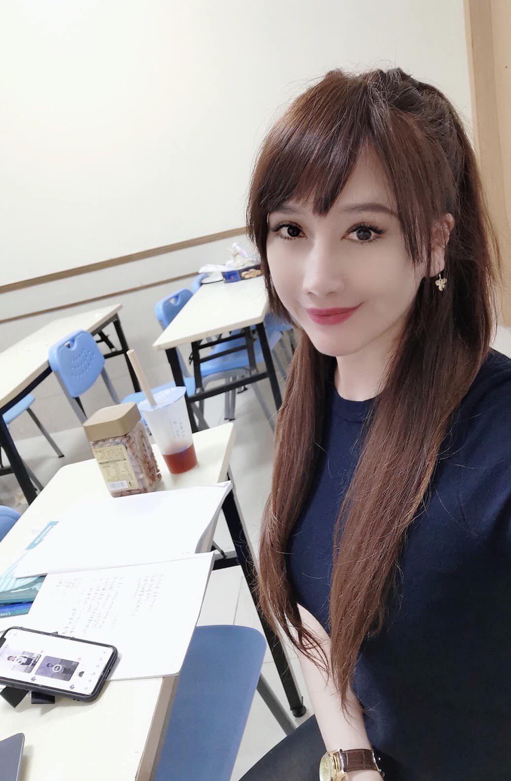 陳子璇透露不回台發展的原因。 圖/擷自facebook。