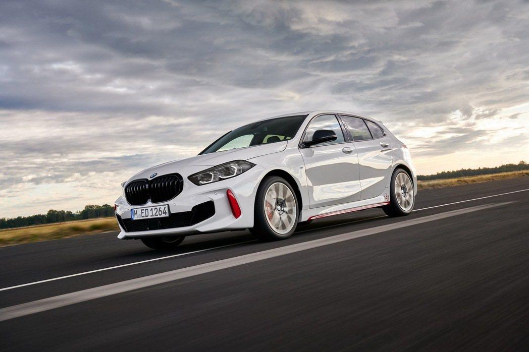 BMW 128ti性能掀背預售正式展開。 圖/汎德提供