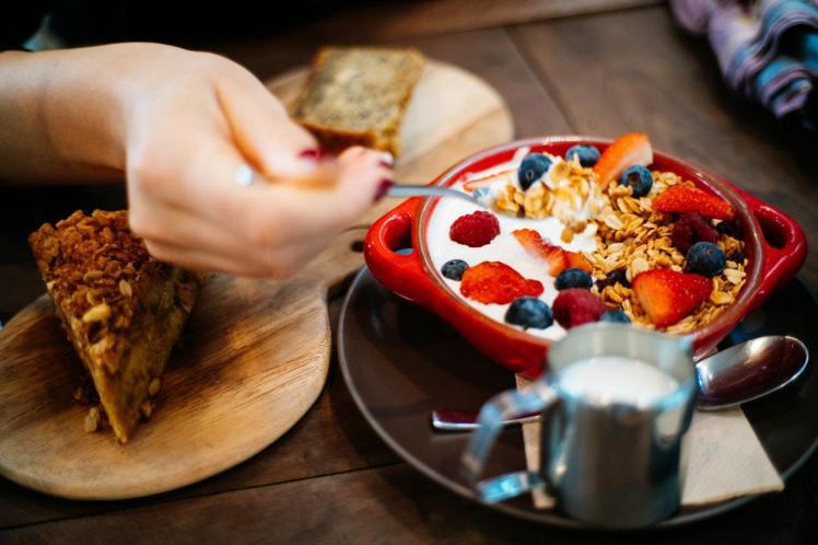 選吃健康的零食。圖/摘自Pelexs