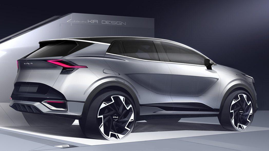 歐規大改款Kia Sportage草圖車尾部分與已發行的韓版車型似乎有點小差異,...