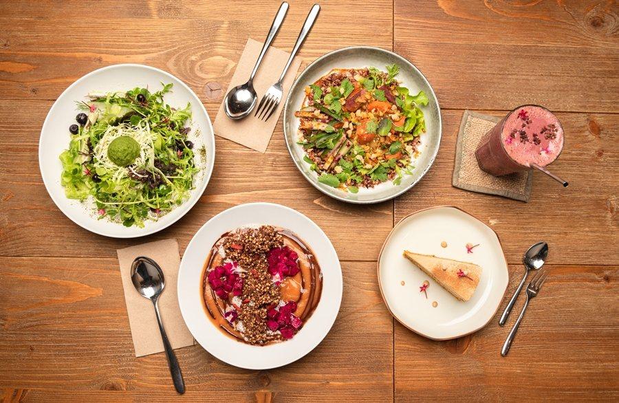 綠色餐廳「Plants」的餐飲多數是依循「全食物」與「裸食」的概念來料理,期待可...