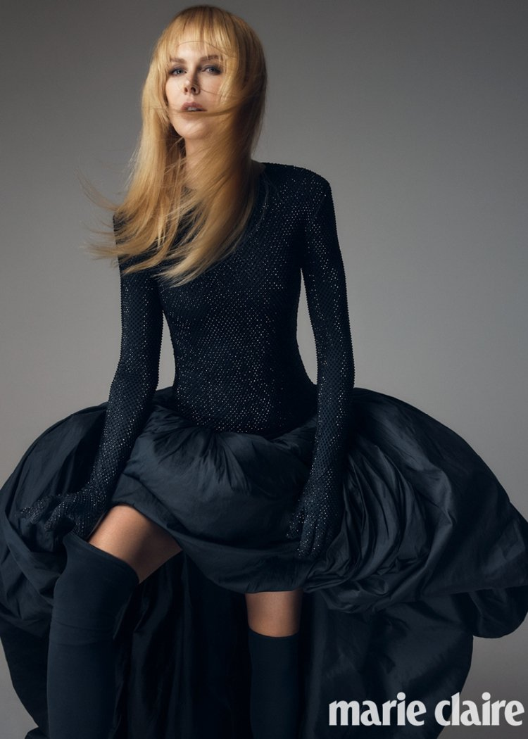 金獎影后妮可基嫚登上時尚雜誌,凍齡又性感的模樣,引起網友熱烈討論。圖/摘自ins...