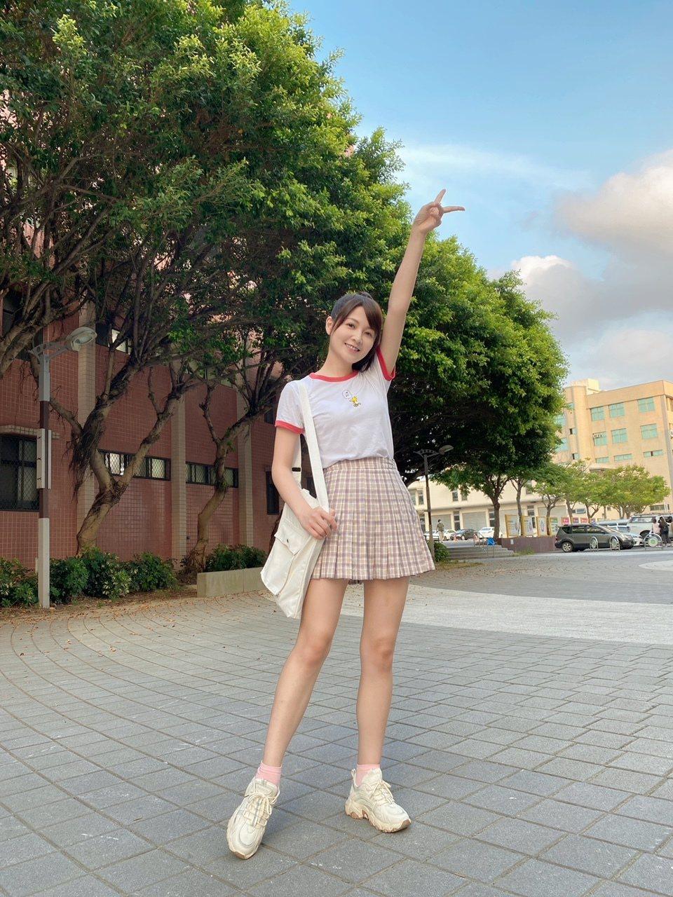 謝京穎回歸8點檔,狂瘦7公斤加入「黃金歲月」演出女大生。圖/民視提供