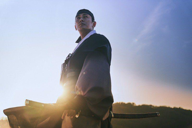 朱智勛檔期太滿,暫無時間回歸「屍戰朝鮮:世子傳」。圖/Netflix提供