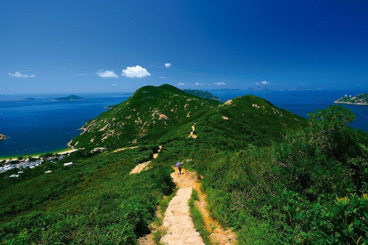 時代周刊評為亞洲區「市區最佳遠足徑」的「龍脊」。圖/港旅局提供