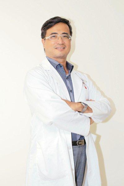 衛福部彰化醫院骨科主治醫師洪宗賢。圖/彰化醫院提供